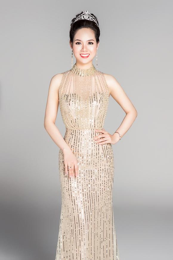 Hoa hậu Mai Phương: 'Ngôi vị Hoa hậu khiến tôi được nhiều người biết tới, quá đổi đời luôn' - Ảnh 2