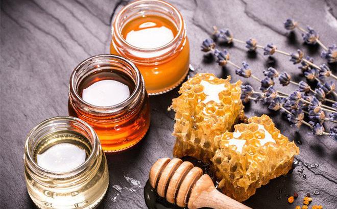Sự kết hợp giữa bột đậu xanh và mật ong giúp ngăn ngừa lão hóa da