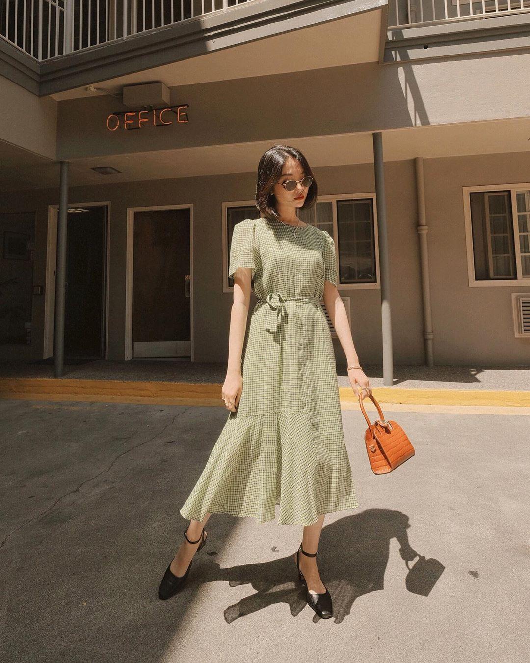 Street style Châu Á: Chẳng cầu kỳ, chỉ với vài ba món đồ công sở đơn giản mà vẫn mãn nhãn người nhìn - Ảnh 8