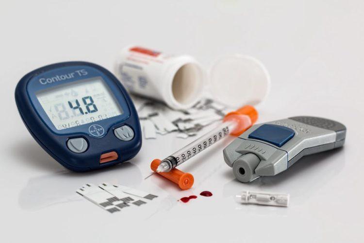 Nếu thấy cân nặng cứ tăng dần đều thì nguyên nhân có thể là do một số vấn đề sức khỏe sau đây - Ảnh 3