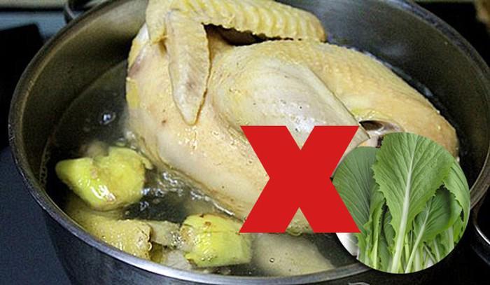 Những thực phẩm kỵ thịt gà, chị em nội trợ nấu chung sẽ rước bệnh cho cả nhà - Ảnh 2