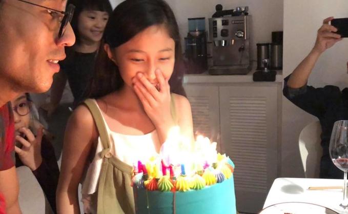 Phạm Anh Khoa hạnh phúc đón sinh nhật con gái cùng 'hội bạn thân' - Ảnh 3