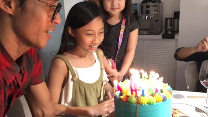 Phạm Anh Khoa hạnh phúc đón sinh nhật con gái cùng 'hội bạn thân' - Ảnh 4