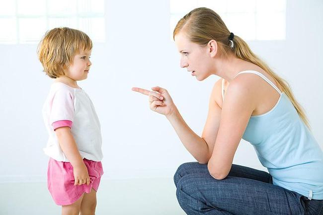 'Lạt mềm buộc chặt' - Phương pháp đơn giản giúp mẹ dạy con ngoan không cần quát mắng - Ảnh 1