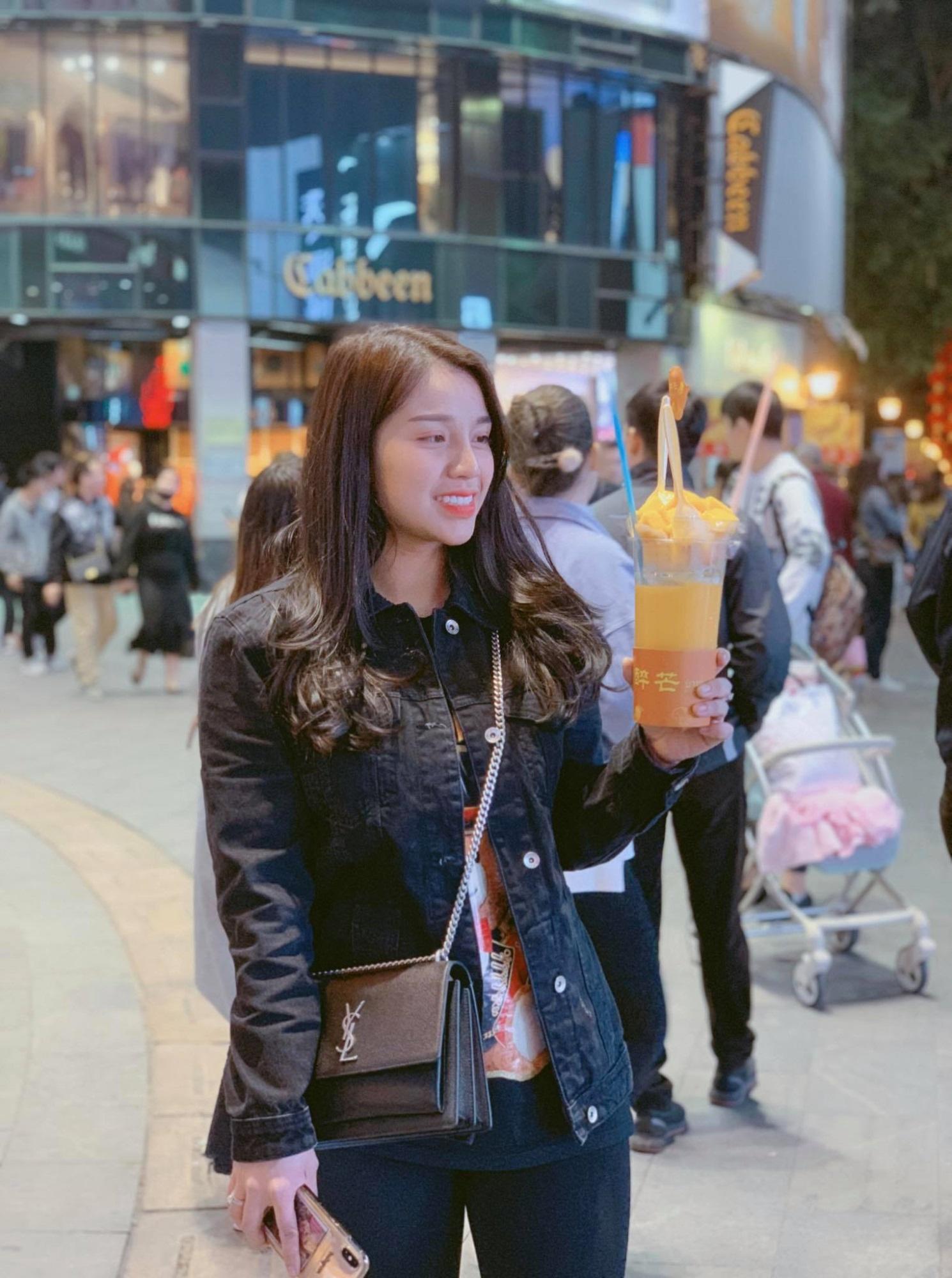 Mối tình với cô chủ khách sạn Bắc Ninh của cầu thủ Bùi Tiến Dũng - Ảnh 7