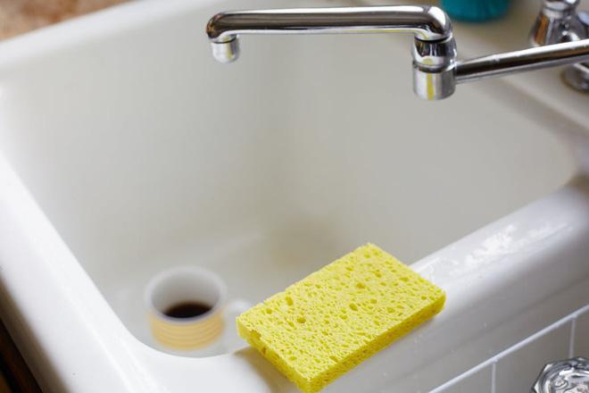 Sai lầm khi rửa bát chỉ làm gia tăng thêm vi khuẩn mà bạn không hề hay biết - Ảnh 3
