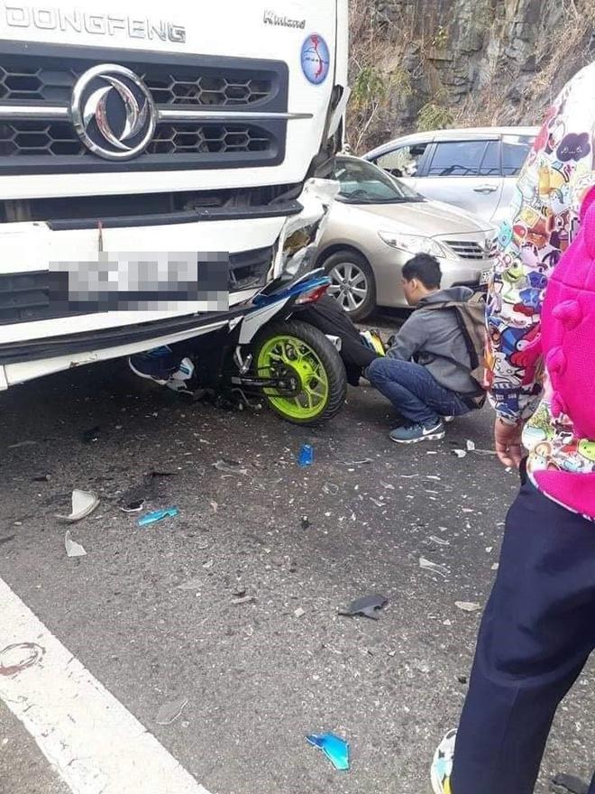 Tin mới nhất về phượt thủ gặp nạn trên đèo Bảo Lộc, cả người lẫn xe dính dưới bánh xe tải - Ảnh 2