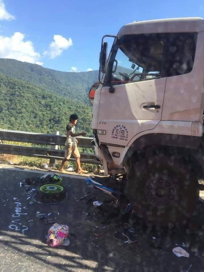 Tin mới nhất về phượt thủ gặp nạn trên đèo Bảo Lộc, cả người lẫn xe dính dưới bánh xe tải - Ảnh 4