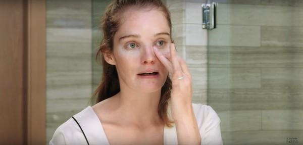 Thiên thần Alexina Graham chia sẻ bí quyết dưỡng da để mãi mãi như tuổi 18 - Ảnh 8