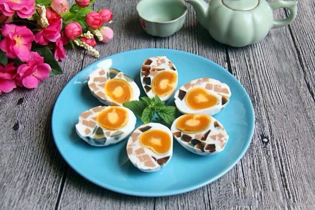 Món trứng hấp đẳng cấp nhà hàng này tưởng làm không dễ mà lại dễ không tưởng - Ảnh 5