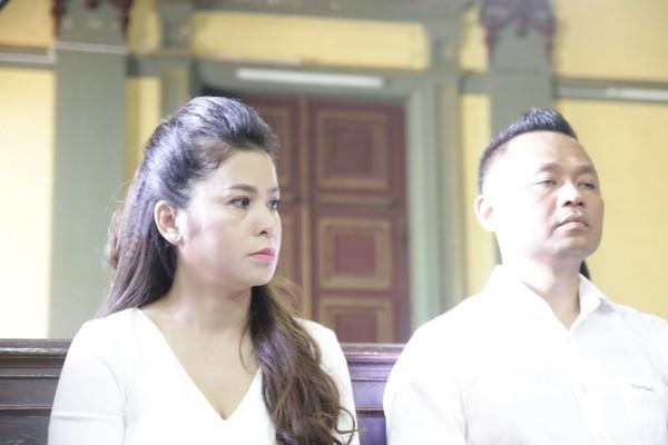 Vụ ly hôn vợ chồng vua cafe Trung Nguyên: Bà Thảo không rút đơn, đòi chia 51% cổ phần Trung Nguyên - Ảnh 1