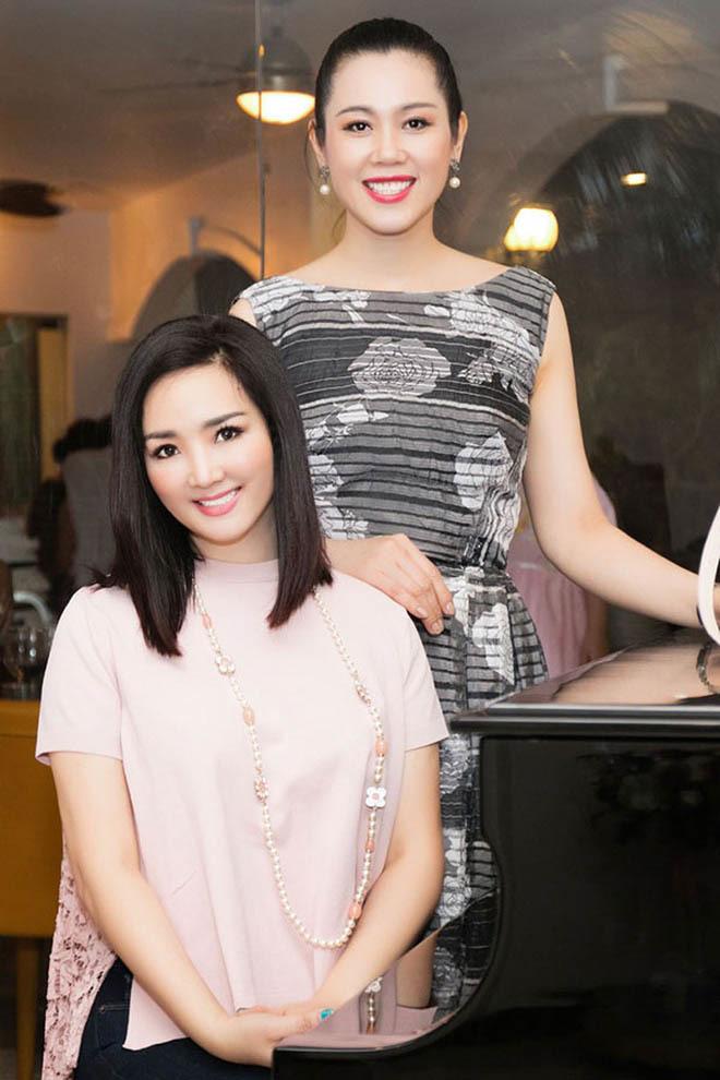 Á hậu Việt xinh đẹp từ bỏ showbiz, U50 vẫn theo đuổi nghề tiếp viên hàng không - Ảnh 3