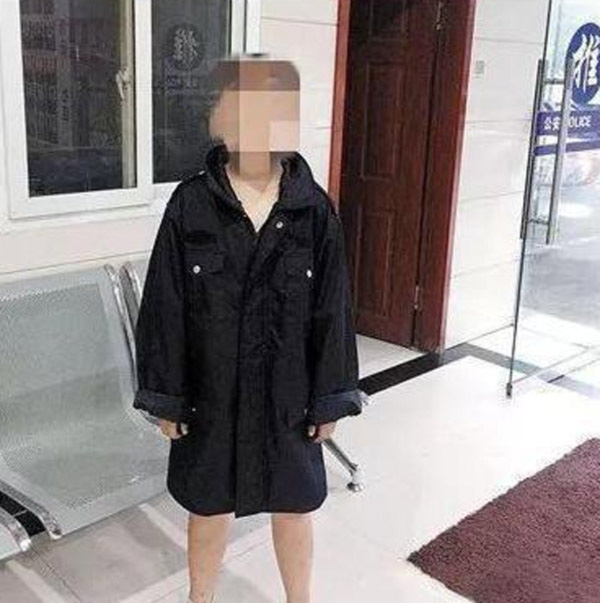 Chỉ vì con trai 11 tuổi không làm bài tập về nhà, mẹ đã trừng phạt con khiến ai nấy phẫn nộ: 'Như vậy bằng 10 hại con' - Ảnh 2