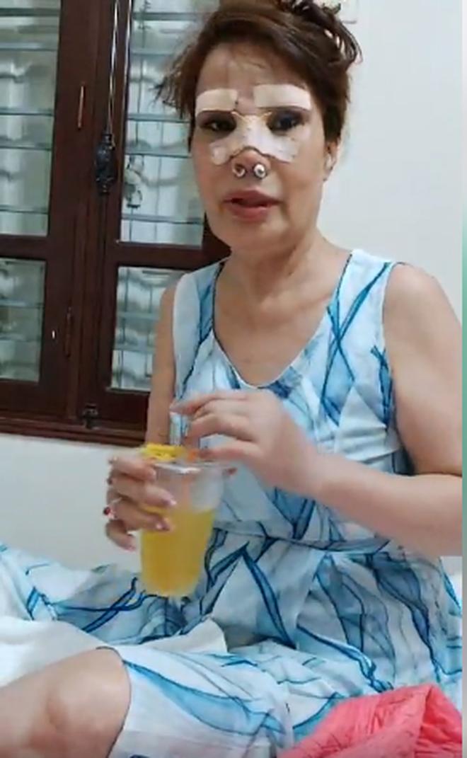 'Cô dâu 62 tuổi' chơi lớn chi 50 triệu đồng nâng mũi, sửa lông mày để tân trang nhan sắc - Ảnh 5