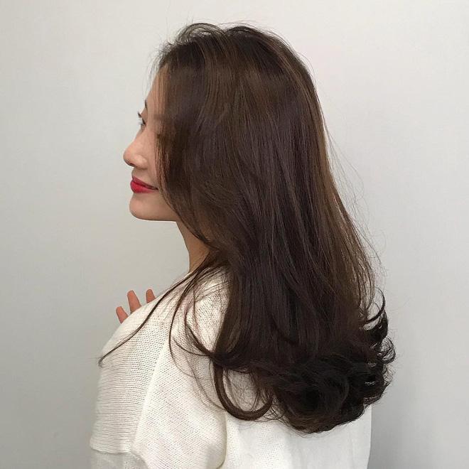 Minh chứng cho thấy tóc uốn có khả năng 'hack tuổi' siêu phàm và quan trọng là độ dài nào cũng hợp - Ảnh 6