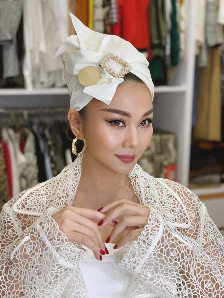 Thanh Hằng mặc áo cưới, úp mở chuyện lên xe hoa khiến fan nháo nhác - Ảnh 2