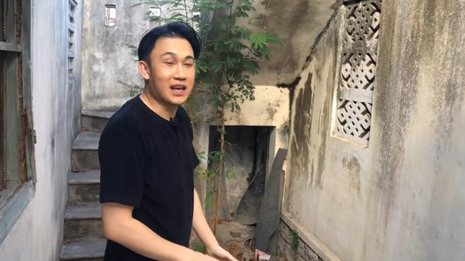 Căn nhà chứa cả tuổi thơ của Dương Triệu Vũ, Hoài Linh để hoang, không bán - Ảnh 4
