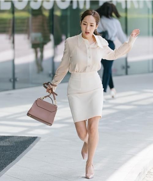 """5 mẹo thời trang văn phòng của """"Thư ký Kim"""" - Ảnh 6"""