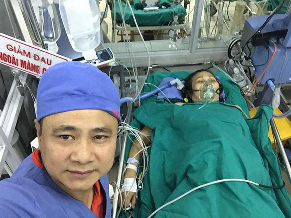 Mẹ danh hài Tự Long nhập viện cấp cứu, phải cắt một quả thận - Ảnh 1