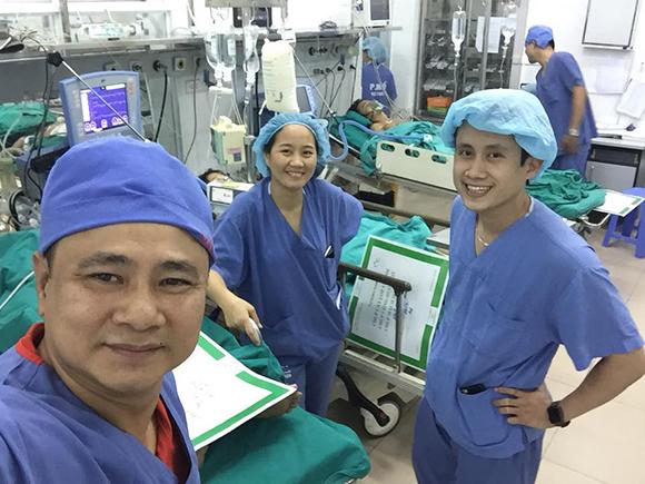 Mẹ danh hài Tự Long nhập viện cấp cứu, phải cắt một quả thận - Ảnh 2