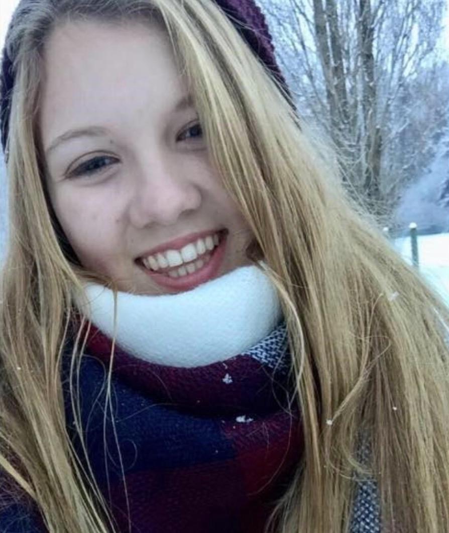 Một trường hợp sốc độc tố vì dùng tampon sai cách khiến cô gái này phải qua đời khi mới 16 tuổi - Ảnh 1