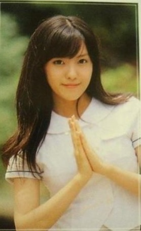 Ảnh tốt nghiệp của idol nữ khi chưa makeup, làm tóc cầu kỳ: Irene như nữ thần, Jisoo lại khác quá khác - Ảnh 6