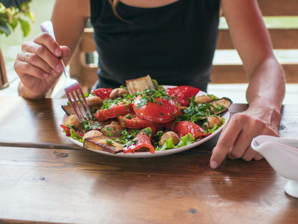 7 quy tắc ăn uống cần ghi nhớ khi thực hiện chế độ Detox kết hợp ăn uống - Ảnh 4