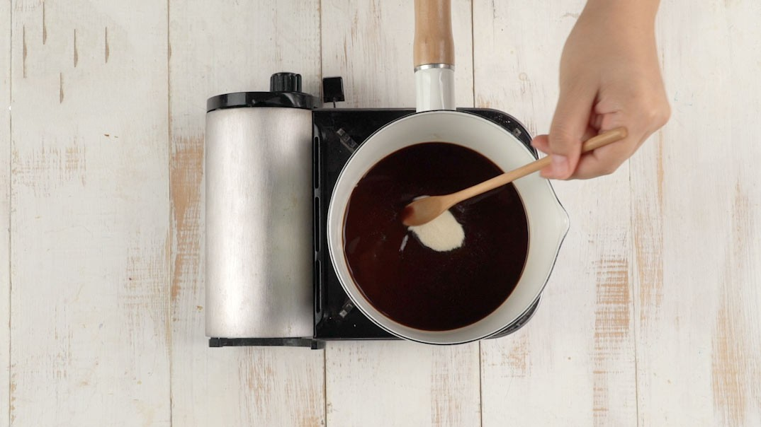 Làm ngay món thạch mang vị béo ngậy của kem sữa, thơm lừng của cà phê - Ảnh 1