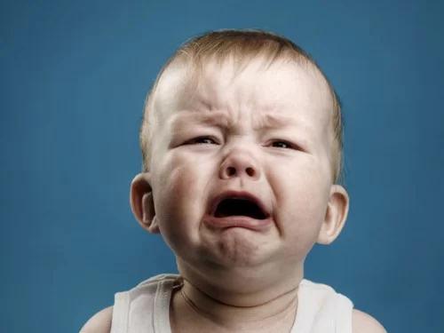 6 lý do khiến em bé khóc - Ảnh 1