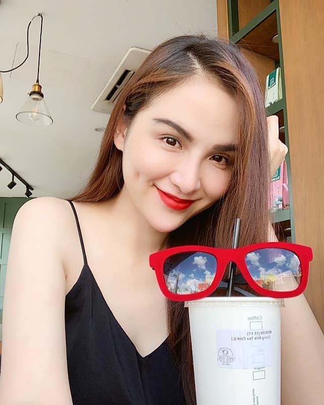 Diễm Hương nói về danh hiệu Hoa hậu: 'Như một lần trúng xổ số độc đắc' - Ảnh 2
