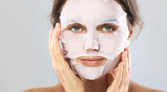 Đừng vội học tập Đỗ Mỹ Linh đắp mặt nạ giấy mỗi ngày kẻo hại da - Ảnh 2