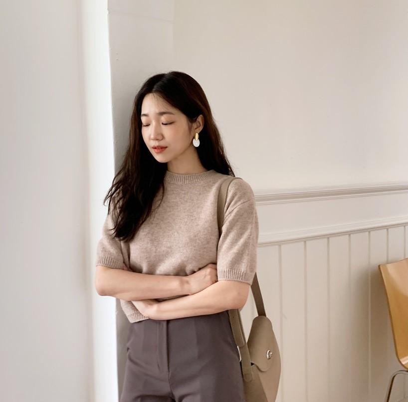 Nàng công sở vào mà xem 4 kiểu áo hô biến vẻ ngoài trở nên sang trọng, quý phái chẳng kém gì mấy cô yêu nữ hàng hiệu - Ảnh 14