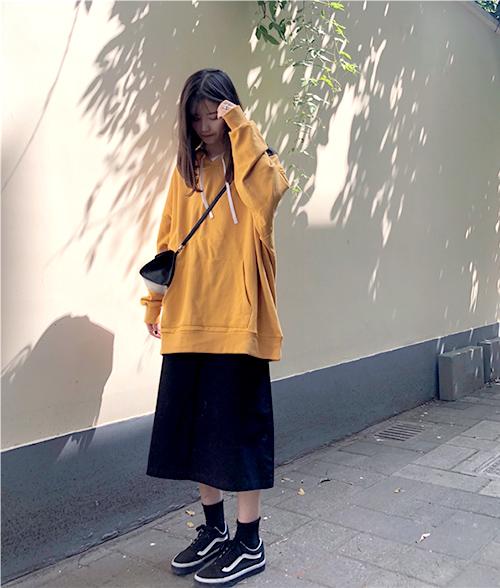 3 công thức mix chân váy dài - món đồ 'đỉnh' mùa đông của gái Hàn - Ảnh 8