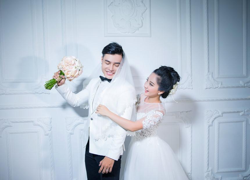 Lê Dương Bảo Lâm khiến fan thích thú khi bất ngờ khoe cận mặt vợ và con gái - Ảnh 6