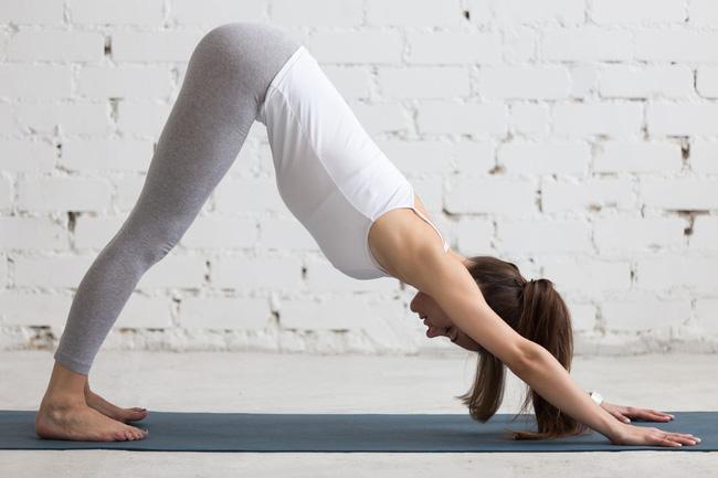 Những tư thế yoga tăng cường đốt cháy calo trong quá trình tập luyện - Ảnh 6