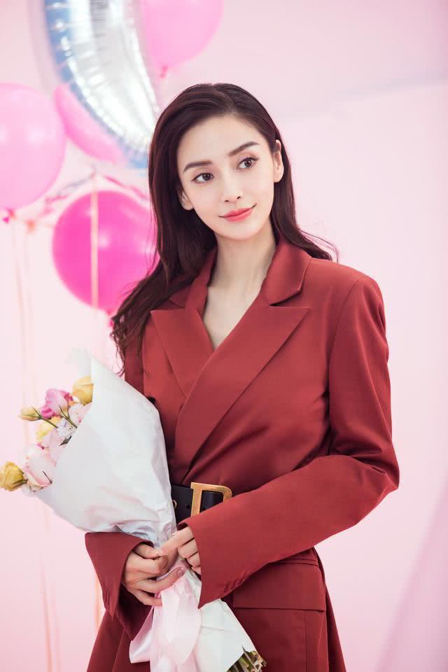 Nối bước Dương Mịch, Angela Baby trở thành một trong bốn ngôi sao quyền lực nhất mạng xã hội Trung Quốc - Ảnh 5