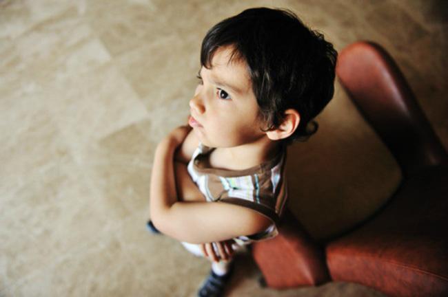 Thấy con có những hành vi ứng xử bất thường này cha mẹ tuyệt đối đừng bỏ qua mà hãy uốn nắn, sửa chữa ngay - Ảnh 8