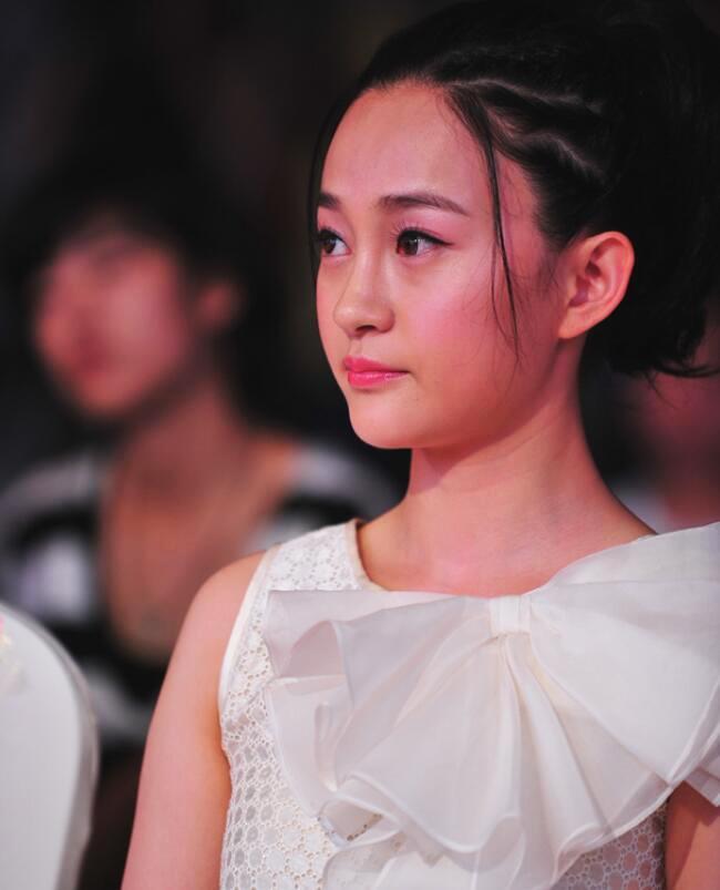 Triệu Lệ Dĩnh từng đóng vai phụ cho 'tiểu tam' nổi tiếng nhất Trung Quốc hiện nay - Ảnh 6