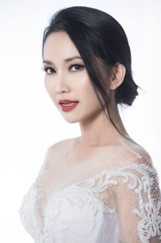 'Út Ráng' Kim Hiền tung ảnh cưới đẹp lung linh sau 5 năm kết hôn với chồng Việt kiều - Ảnh 6