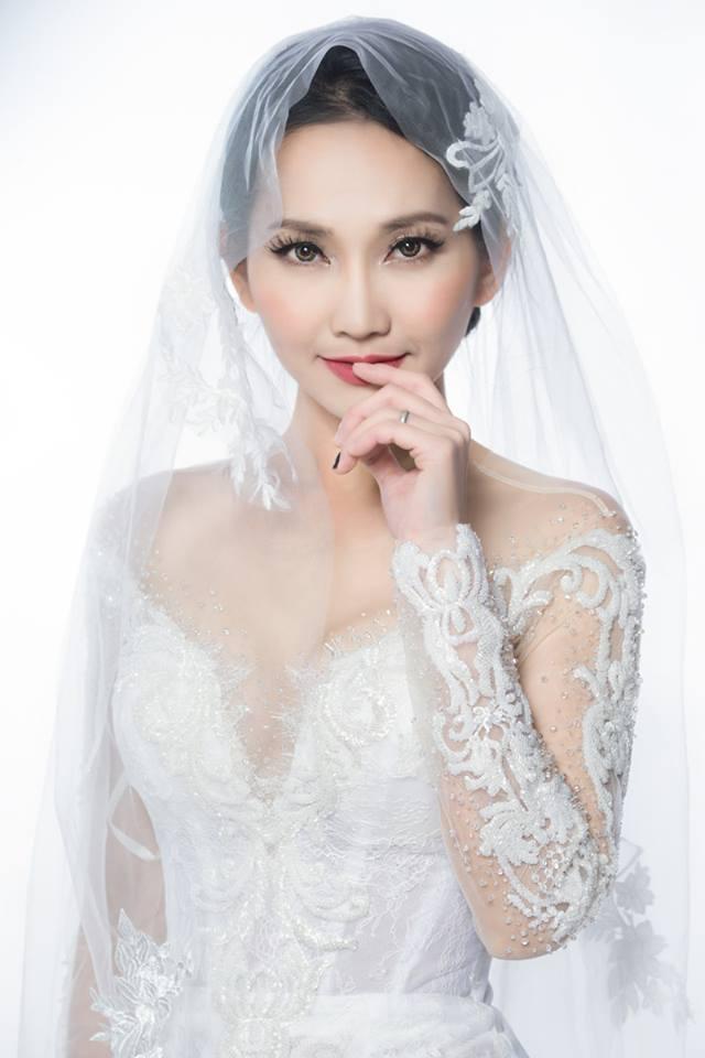 'Út Ráng' Kim Hiền tung ảnh cưới đẹp lung linh sau 5 năm kết hôn với chồng Việt kiều - Ảnh 9