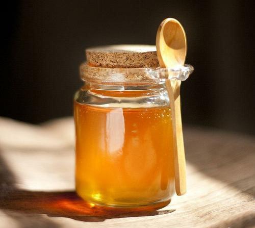 Da dẻ nhăn nheo vì lão hóa sẽ trở nên mịn màng, trắng hồng nhờ 3 cách dùng mật ong này - Ảnh 1