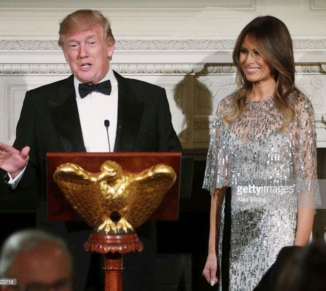 Phu nhân Tổng thống Mỹ sành hàng hiệu nhất thế giới: 1 chiếc áo cũng 1,2 tỷ đồng - Ảnh 5