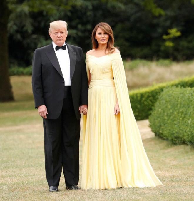 Phu nhân Tổng thống Mỹ sành hàng hiệu nhất thế giới: 1 chiếc áo cũng 1,2 tỷ đồng - Ảnh 6