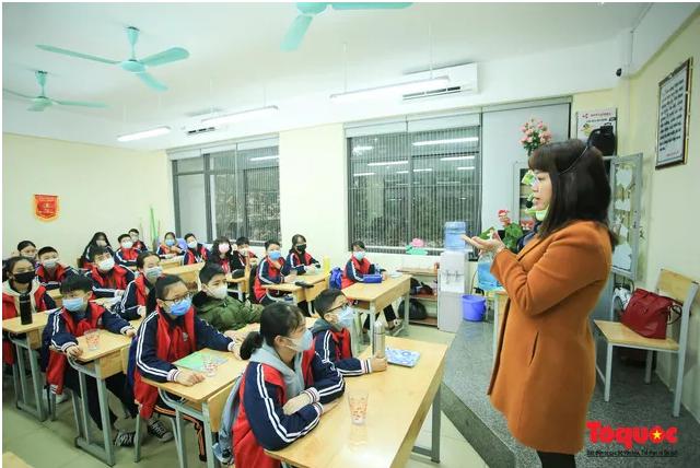 Bộ trưởng Phùng Xuân Nhạ chính thức quyết định điều chỉnh khung kế hoạch thời gian năm học 2019-2020 - Ảnh 1