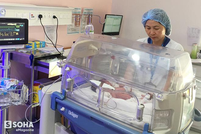 Nữ y tá Việt Nam sống sót kỳ diệu và hành trình chạm mặt tử thần corona chủng cũ - Ảnh 14