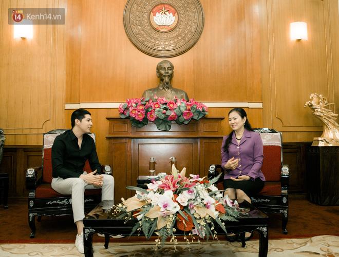 Noo Phước Thịnh trao 300 triệu đồng quyên góp phòng chống Covid-19 và hạn mặn miền Tây - Ảnh 3