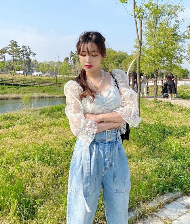 6 kiểu quần jeans hot nhất hè này, chị em muốn được khen ăn mặc sang xịn, trendy hãy update ngay - Ảnh 13