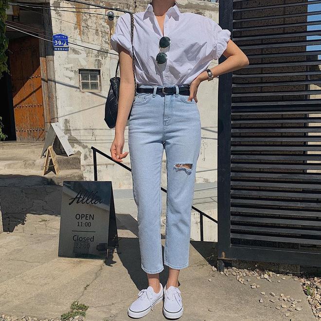 6 kiểu quần jeans hot nhất hè này, chị em muốn được khen ăn mặc sang xịn, trendy hãy update ngay - Ảnh 16