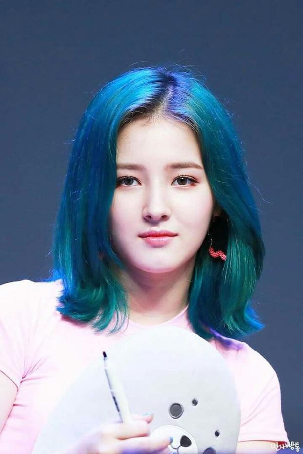 7 nữ idol có sống mũi đẹp nhất Kpop: 2 nữ thần Irene - Nancy cạnh tranh gay gắt, bất ngờ nhất là idol debut gần 10 năm - Ảnh 3