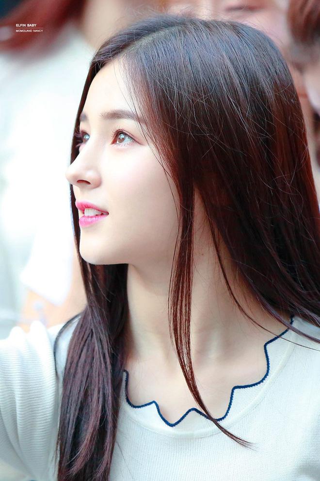 7 nữ idol có sống mũi đẹp nhất Kpop: 2 nữ thần Irene - Nancy cạnh tranh gay gắt, bất ngờ nhất là idol debut gần 10 năm - Ảnh 4